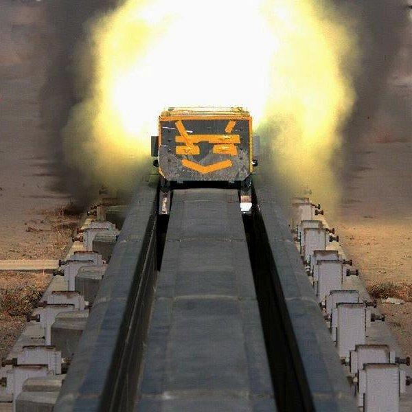 Дизайн, идея, концепт, транспорт, электродвигатель, поезд, путешествия, MagLev World Record: реактивный поезд на магнитной подушке побил мировой рекорд скорости