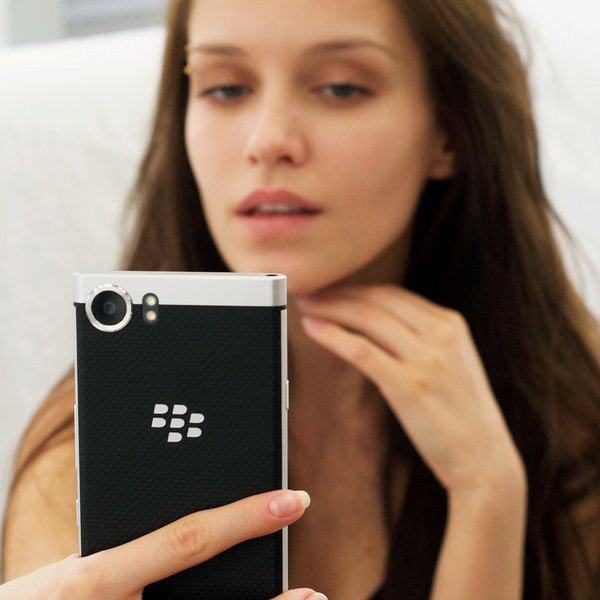 BlackBerry, Android, смартфон, «Шпион, который меня соблазнил»: смартфон BlackBerry лишится клавиатуры QWERTY