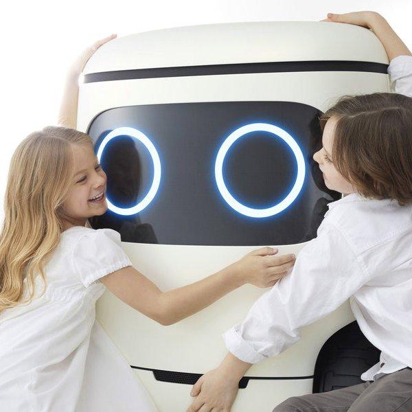 Honda, идея, концепция, дизайн, Honda RoboCas Concept: японцы придумали улыбчивый холодильник на колесиках