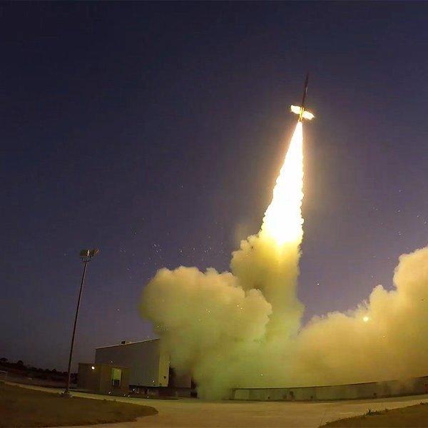 Марс, планета, космос, Тренировочный день: NASA испытало парашют для посадки ровера на поверхность Марса