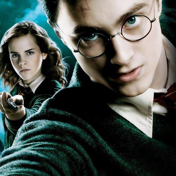 Великобритания, Гарри Поттер, «Призрак пера»: нейросеть написала восьмую книгу о Гарри Поттере