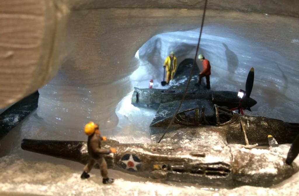 P-38 времен Второй мировой нашли в Гренландии. Достали из ледника и завели!